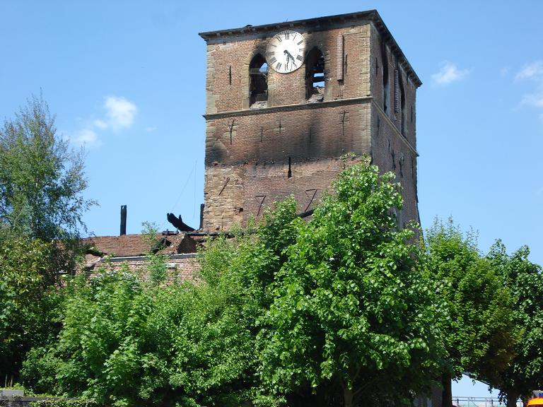 brand kerk galmaarden 15