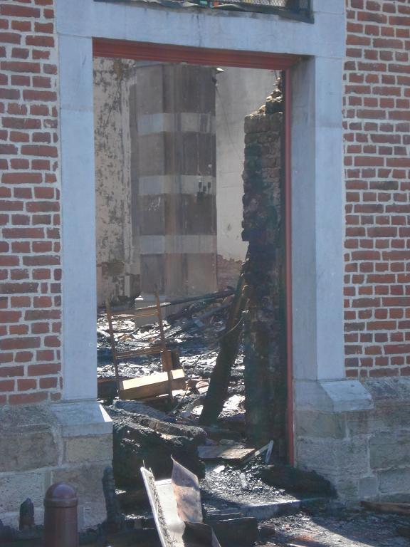 brand kerk galmaarden 08