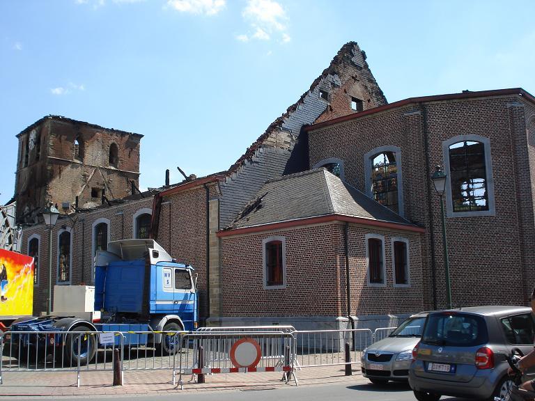 brand kerk galmaarden 06