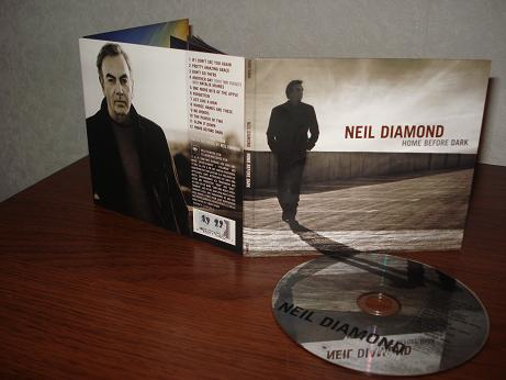 16 Neil Diamond - Home before dark