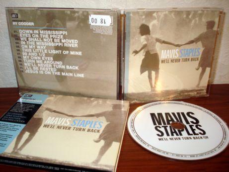 64 Mavis Staples - We'll never turn back